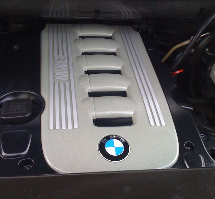 Engine bay clean – after
